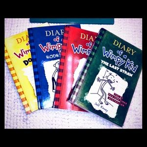 (4) DIARY OF A WIMPY KID BOOKS